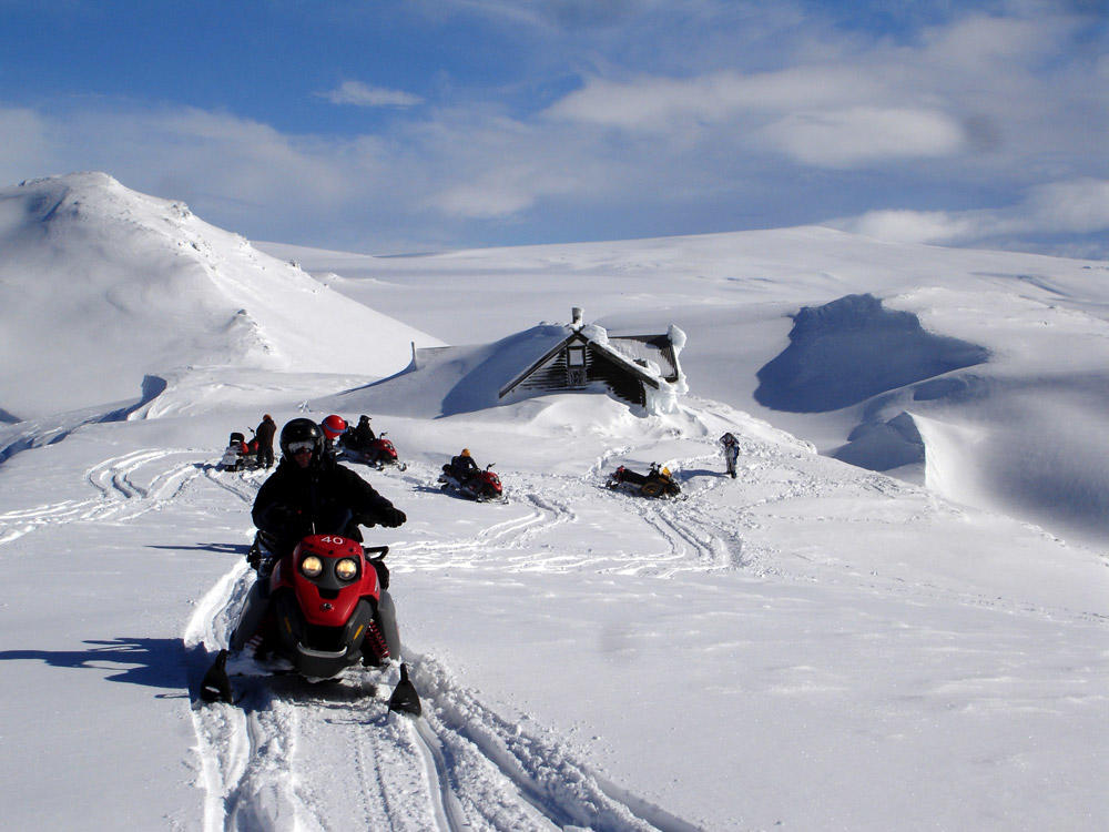 Snowmobil touren